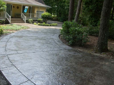 Textured concrete driveway in Tennessee.